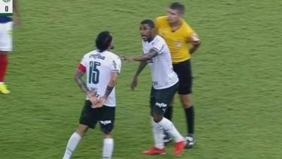 HOY / Gustavo Gómez perdió los papeles y se fue expulsado