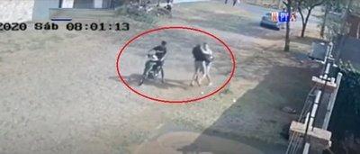 Ataque callejero de motochorros en Luque