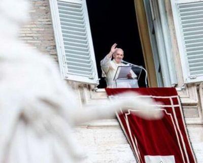 """Papa Francisco apuntó que """"pagar los impuestos es un deber de los ciudadanos"""""""