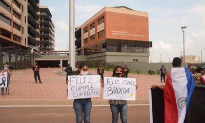 Escrachan a ministra Gladys Bareiro de Módica durante inauguración del nuevo Palacio de Justicia – Diario TNPRESS