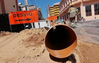 Prosiguen trabajos en la red cloacal de Asunción