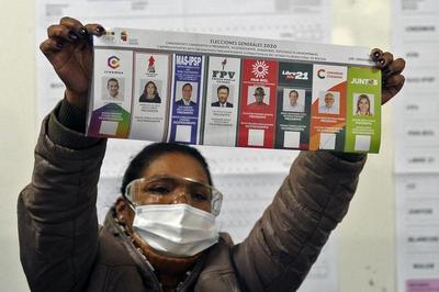 Lento conteo de votos en Bolivia