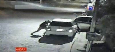 Robacoches en acción: Así se alzan con un vehículo en San Lorenzo
