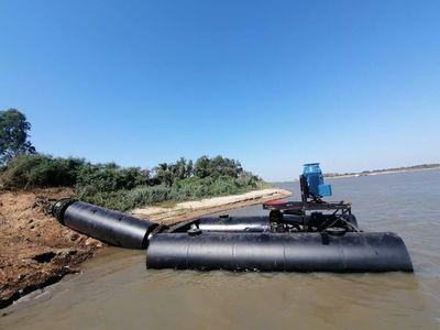Instalan equipo de contingencia para bombear agua desde el río