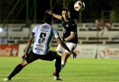El doblete de Seba Ferreira para el Guma