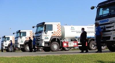 Gobierno entrega camiones hidrantes a la SEN, para el combate de incendios en el país