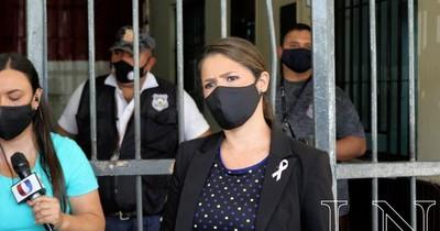 La Nación / Intentan introducir explosivos a cárcel de Tacumbú para utilizarse en eventual fuga