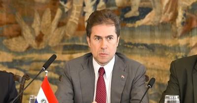 La Nación / Cambios en el Gabinete: Salomón adelanta que Castiglioni iría al MIC