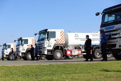 Entregan cinco camiones hidrantes a la SEN – Prensa 5