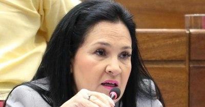 La Nación / Exsenadora Bajac se reunirá con comisión de la Cámara Alta