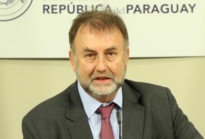 Sindicalistas rechazan suspensión de suba de salario mínimo: 'Benigno lo único que hace es reventar a los trabajadores'