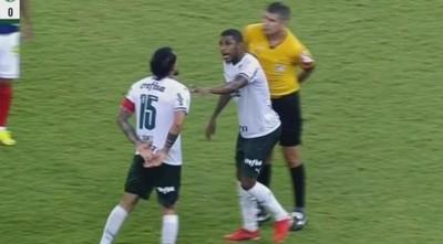 Gustavo Gómez perdió los papeles y se fue expulsado