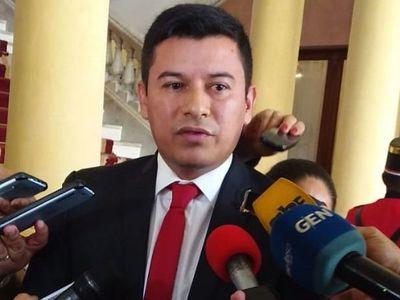 Titular del Indert dice que se presentará cuando tenga resultado de hisopado