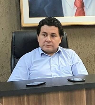 PRESIONADO administrador de ADUANA de CDE denuncia ESQUEMA de COIMAS que EL maneja