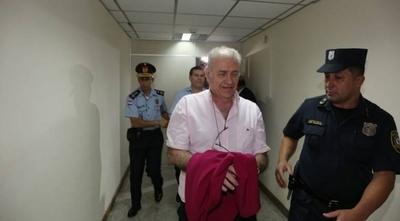 HOY / Con excusa de embargo, González Daher no paga acuerdo extrajudicial
