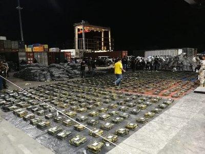 Incautación récord de cocaína: ¿Cuál es el valor del cargamento?