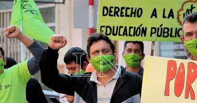La Nación / Nueva manifestación docente en rechazo al recorte presupuestario