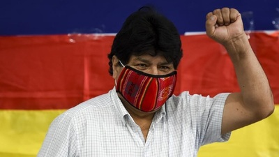Evo asegura que «tarde o temprano» volverá a Bolivia