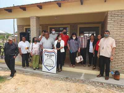 Inauguran mejoras en escuela de ex obraje San Carlos