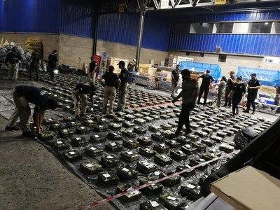 Hallaron cuatro paquetes más de cocaína en segundo contenedor revisado