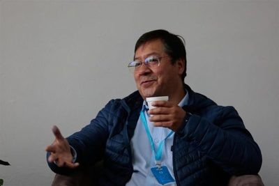 Luis Arce toma distancia de Evo Morales