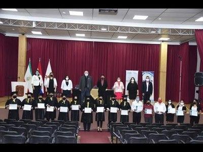 DOCENTES DEL CEMA RECIBIERON CERTIFICADOS DE HABILITACIÓN Y ACTUALIZACIÓN