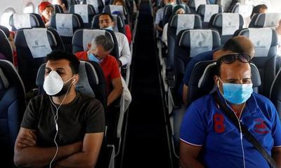 Una mujer de 30 años murió por coronavirus en un avión en Estados Unidos – Prensa 5