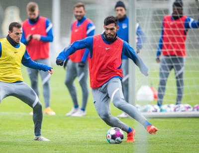 Omar Alderete luce su intensidad en Hertha Berlín