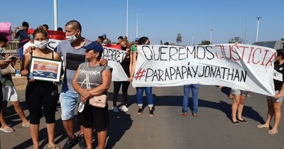 La Nación / Nieto de exsenador que arrolló y mató a reciclador fue trasladado a Tacumbú