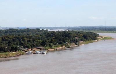 Tras lluvias, río Paraguay registra una pequeña crecida