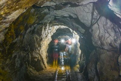 La exportación minera de Ecuador llegó a 410 millones de dólares en enero-agosto