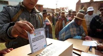 """Pese al resultado de las elecciones de Bolivia, """"la democracia ha ganado"""", sostiene empresaria boliviana"""
