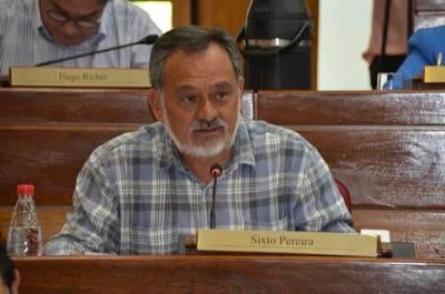 """Caso Indert: """"Hay que sanear y generar mecanismos de control para esa transparencia"""", dice senador"""