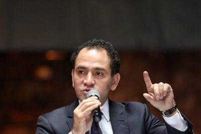 Hacienda de México pide calma ante protestas por recorte de fideicomisos