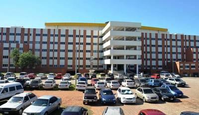 Hospital de Clínicas; Reportan primeros casos de dengue – Prensa 5