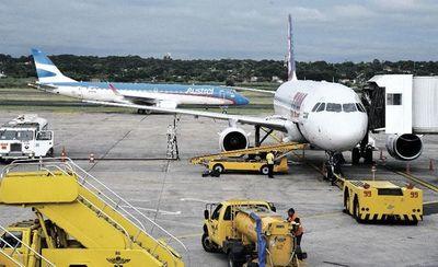 Celebran apertura del aeropuerto pero esperan que protocolos se modifiquen pronto