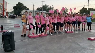 Piden a mujeres de Horqueta involucrarse en la lucha contra el cáncer de mama
