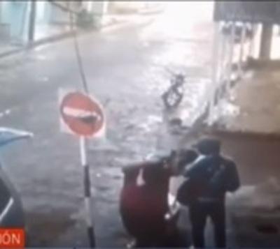 Nuevo ataque callejero de motochorro