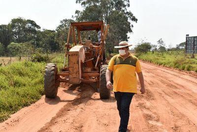 MOPC justifica millonarios montos para la reparación de tractores