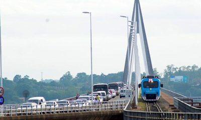 Encarnación organiza caravana reclamando reapertura de Puente San Roque