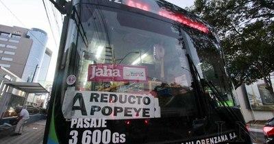 La Nación / Advierten que buses sin validadores para billetaje electrónico irán a un corralón