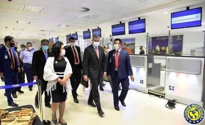 Pese al Covid, Paraguay retoma vuelos y vuelve a conectarse al mundo •