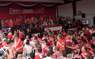 Presentan amparo contra realización de Convención de la ANR