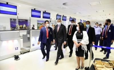 Paraguay reinicia oficialmente los vuelos comerciales