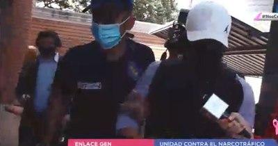 La Nación / Al llegar a la Fiscalía, Turrini negó ser el responsable de cocaína incautada