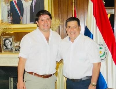 MICHELL FLORES SE REUNIÓ CON HORACIO CARTES
