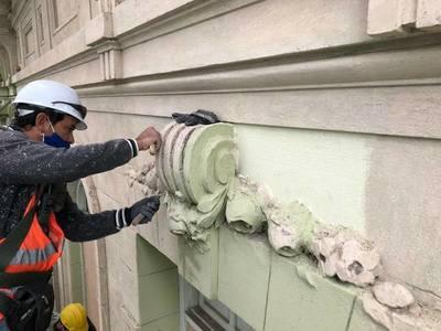 """Avanza restauración del """"Palacio Alegre"""", sede del Ministerio de Hacienda"""