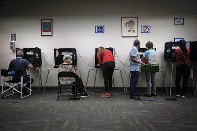 Récord en Estados Unidos: Más de 35 millones de personas ya votaron por adelantado en las elecciones presidenciales