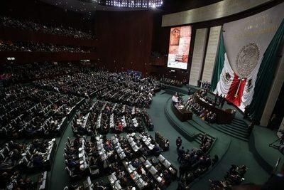 Diputados de México aprueban la Ley de Ingresos de 2021 con una reducción