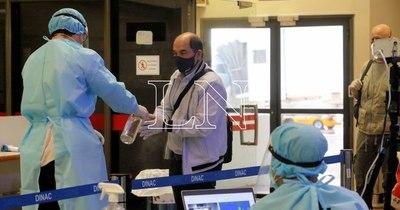 La Nación / Aeropuerto: Salud suprime seguro médico para pasajeros del Mercosur